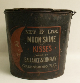 moonshine kisses container (2011.024.0001