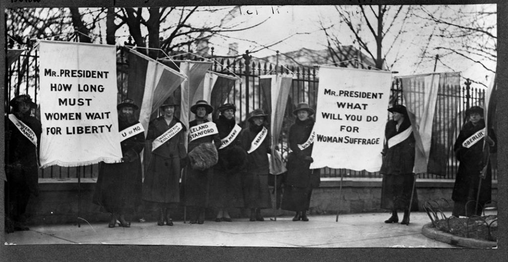 Suffragists picketing the White House, Feb. 1917 Courtesy Library of Congress